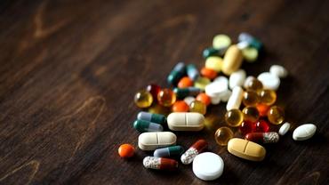 Statistică îngrijorătoare. Multe dintre antibioticele de pe piață sunt contrafăcute. Importul lor a explodat în pandemie