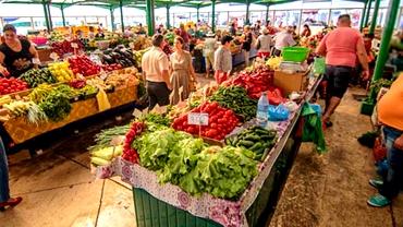 Prețurile în piețe la legume și fructe au crescut cu 20%! Cartofii, cea mai mare scumpire