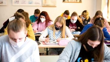 Simulare Evaluare Națională 2021. Subiecte la Limba Română. Ce le-a picat elevilor. Update