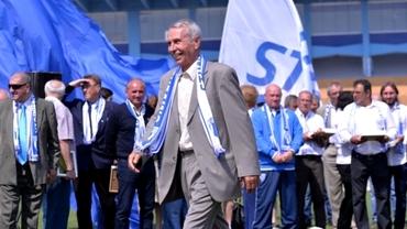 """Universitatea Craiova îl sărbătorește pe Teo Țarălungă: """"Nu am crezut așa ceva"""". Video"""