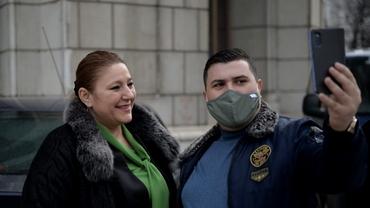 Detalii neștiute despre soțul senatoarei Diana Șoșoacă. Cine este, de fapt, și câți bani câștigă