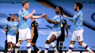 Manchester City, buget uriaş pentru cumpărături în această vară. Federaţia engleză continuă investigaţiile despre finanţele ''cetăţenilor''