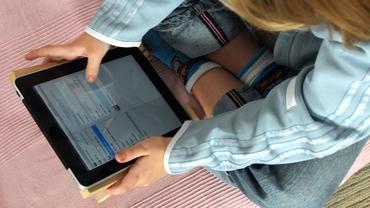 Studiu. Copiii, afectați de timpul petrecut în fața ecranelor. Instagram vine cu o nouă tentație pentru cei mici