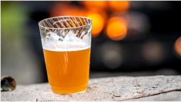 Ziua internațională a berii. România, la loc de cinste în Europa. Câte miliarde de litri producem anual
