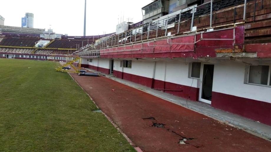 A început demolarea stadionului Rapid. Buldozerele au intrat în Giulești. Cum va arăta noua arenă. FOTO+VIDEO