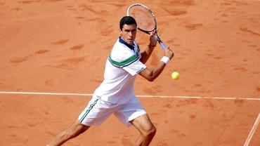 Victor Hănescu a fost eliminat în primul tur
