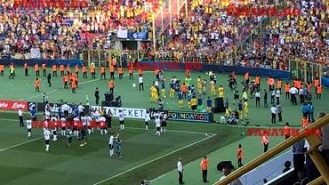 """Fanii, alături de """"tricolori"""" după înfrângerea cu Germania! VIDEO de colecţie! """"Pentru noi, sunteți campioni"""""""