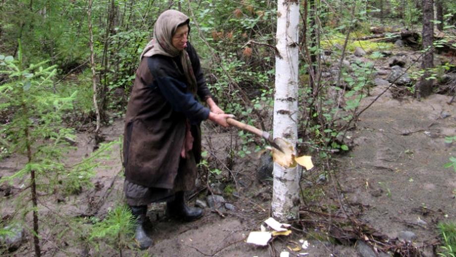 A trăit ca o pustnică în pădurea siberiană timp de 70 de ani! Motivul incredibil pentru care a rămas izolată de restul lumii