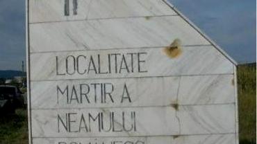 Localitatea cu numele cel mai scurt din România poartă rușinea celui mai atroce masacru antiromânesc din Al Doilea Război Mondial. Mărturii VIDEO cutremurătoare