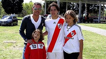 AC Milan îl monitorizează pe fiul lui Diego Simeone!