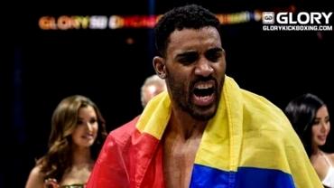 """Benny Adegbuyi se întoarce în ring! Totul despre următoarea sa luptă: """"Suntem în discuții"""""""