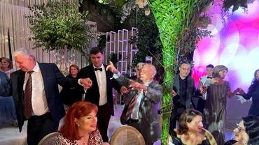 Imagini noi de la nunta Simonei Halep. Şi-a schimbat rochia şi a încins ringul de dans pe ritmuri machedoneşti. Video exclusiv