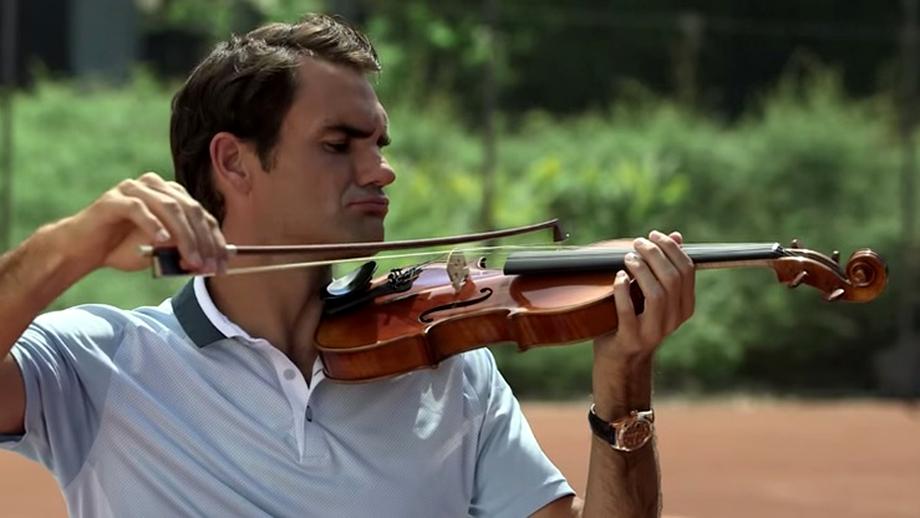 VIDEO / Federer a lăsat tenisul pentru vioară!