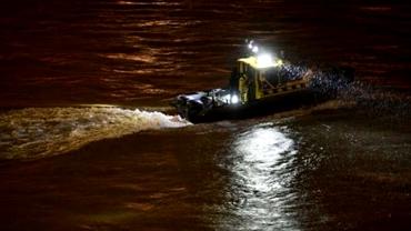 Naufragiu pe Dunăre! Șapte turiști au murit și 19 sunt dispăruți după scufundarea unui vapor la Budapesta