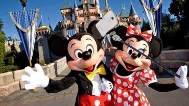 Disney interzice beţele pentru SELFIE