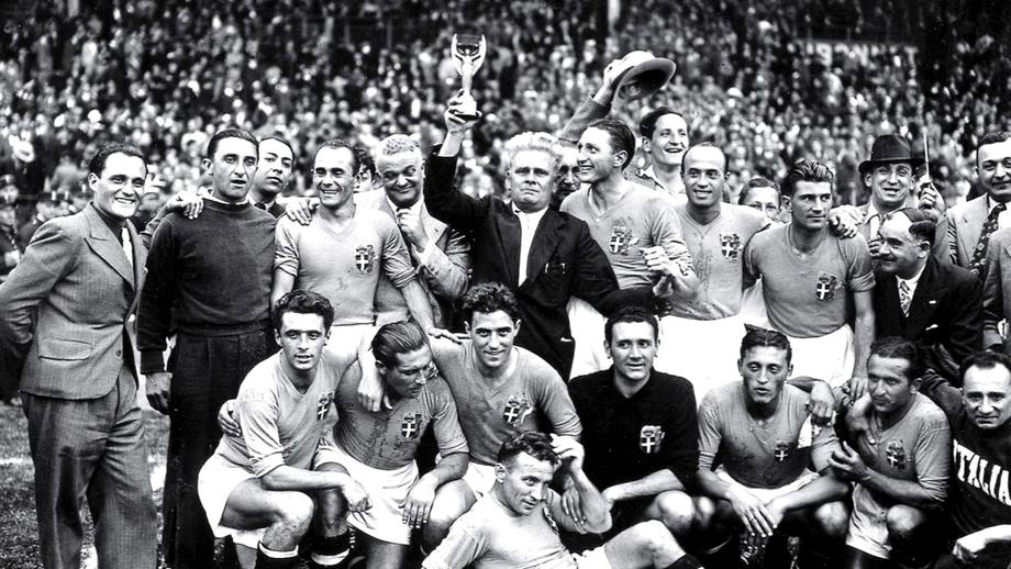 Foto. Italia, victorie finală pentru Mussolini! Tricolorii, la un pas să rateze Mondialul din 1934
