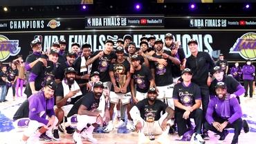 Los Angeles Lakers, campioană după 10 ani în NBA! LeBron James, succes în memoria lui Kobe