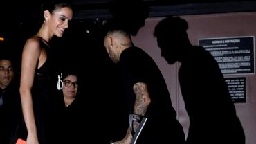 Foto. Nici în cârje nu poate sta liniştit! Neymar s-a distrat o noapte întreagă în club