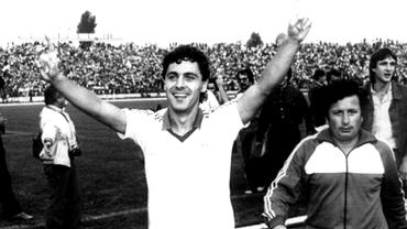 """Sorin Cârţu a umilit Steaua cu 4 goluri într-un 5-2 pentru """"Craiova Maxima"""" de povestit nepoților"""