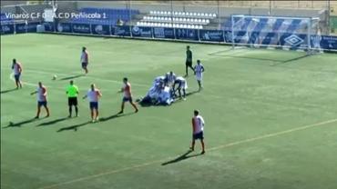 Uluitor! Un portar a marcat golul egalării în prelungiri, apoi a fost învins de la jumătatea terenului. Video