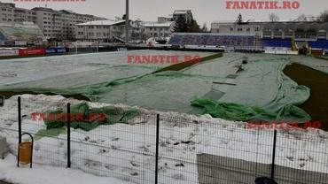 Ninsoare și ger la ora meciului Botoșani - U Craiova! Ce măsură au luat moldovenii. Foto exclusiv