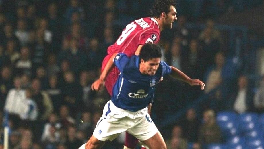 Mikel Arteta, antrenorul dorit de Arsenal, la un pas de o accidentare horror în Everton - Dinamo 1-0! Îţi mai aduci aminte de intrarea de K1 a lui Mihăiţă Pleşan din 2005?! VIDEO