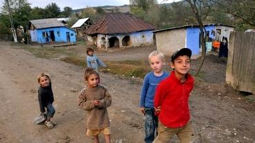 Câți elevi nu au curent în România anului 2020. Statul nu are cifre oficiale