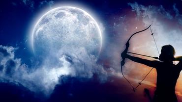 Lună Plină în Săgetător pe 26 mai 2021. Cum sunt afectate toate zodiile