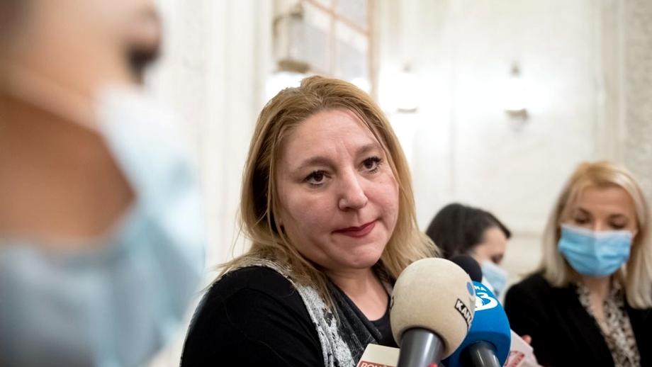 Diana Șoșoacă s-a făcut de râs în direct la TV. Ce a putut să spună în timpul unei emisiuni de la Antena 3