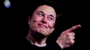 Elon Musk (Tesla) urcă pe locul 3 în topul averilor din lume. Îl depășește pe patronul de la Facebook