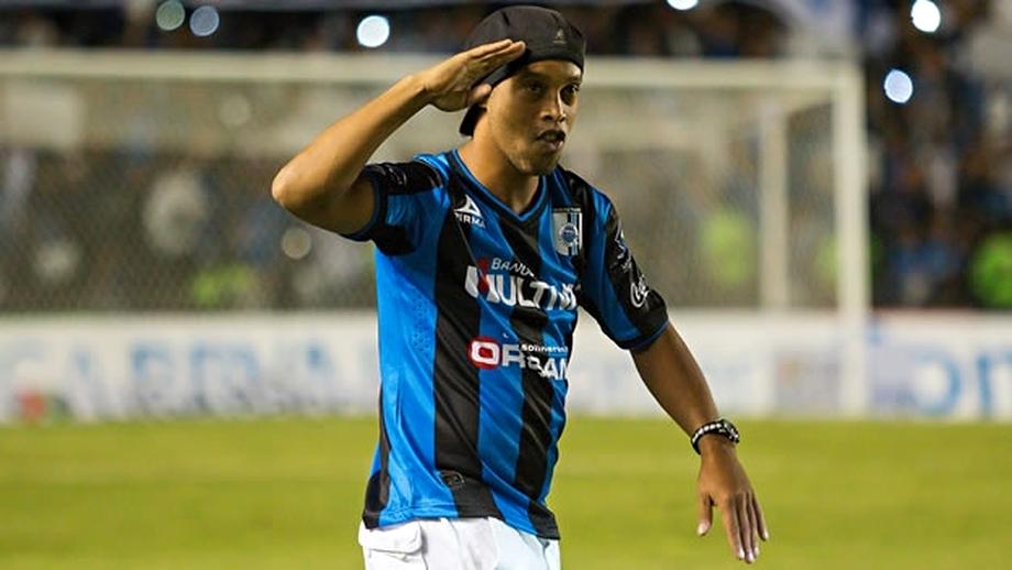 VIDEO / Golazo! Ronaldinho, SUPER execuţie în Mexic!