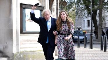 Boris Johnson, căsătorie în secret cu Carrie Symonds. Soția premierului, mai tânără cu 23 de ani