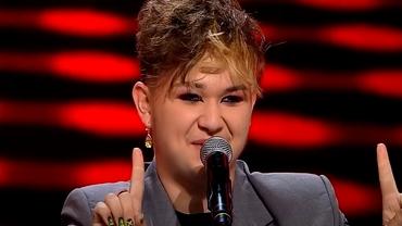 """Cine este Ionuț Hanțig, băiatul care a apărut machiat pe scena X Factor România: """"Îmi place să fiu altceva"""""""