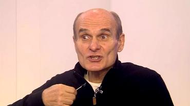 Cu ce a venit Cristian Tudor Popescu la emisiune. Prezentatorul Digi24 a început să râdă când a văzut obiectul