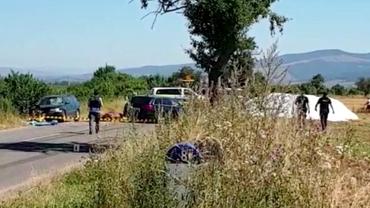 Doi copii au fost uciși într-un accident rutier din Brașov după ciocnirea dintre două mașini și o căruță