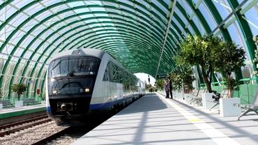 Pasagerii CFR vor putea plăti biletul direct în tren. Sistemul de plată cu cardul, implementat între Gara de Nord și Aeroportul Otopeni
