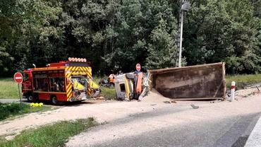 Tragedie în Franța. Un român care conducea un camion a provocat un accident soldat cu trei morți