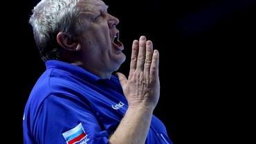 Cine este Evgheni Trefilov, misoginul care se laudă că antrenează Rusia după metode sovietice. Cum a doborât un arbitru. Video