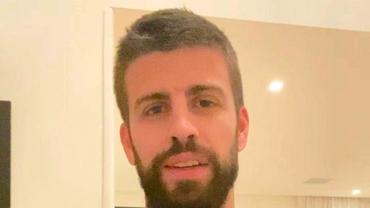 """Gerard Pique a renunțat la barbă! """"Arăți de parcă ai avea 15 ani"""". Soțul Shakirei are un nou look. Foto"""
