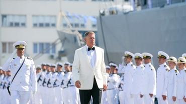 Ținuta lui Klaus Iohannis la Ziua Marinei, puternic contestată! Președintele a rupt gura târgului în precedentele apariții