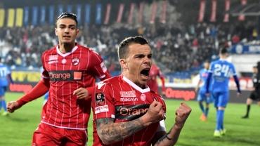 """Dinamo schimbă sponsorul după 12 ani! """"Câinii"""" vor semna cu o casă de pariuri"""