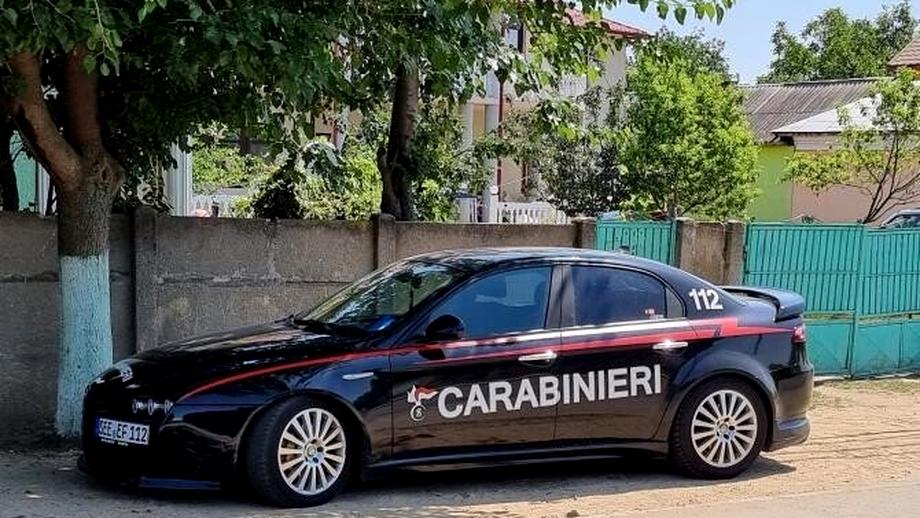 """Ce a pățit olteanul care conduce o maşină inscripţionată """"Carabinieri"""". Decizie de ultimă oră a Poliției"""