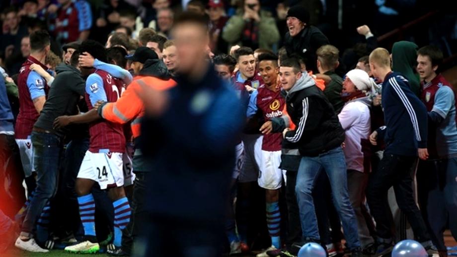 VIDEO / Scene INCREDIBILE la finalul unui meci! Fanii au intrat pe teren şi i-au atacat pe cîştigători