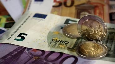 Curs valutar BNR, azi, vineri, 27 august 2021. Care este cotația monedei euro. Update