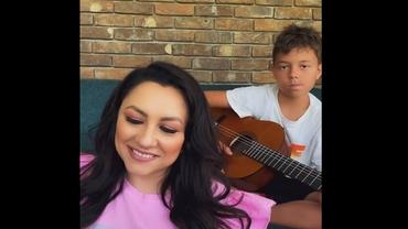 """Andra Măruță și fiul ei, David, au rupt internetul în două cu un recital împreună: """"Cea mai mare bucurie"""""""