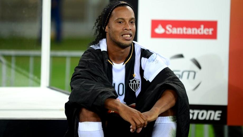 SCANDAL! Ronaldinho, JIGNIT la noul său club:
