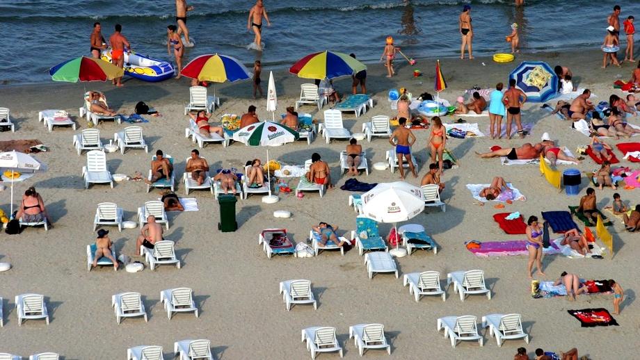 Alertă pe litoral. Un virus neidentificat a afectat deja sute de turiști. Oamenii, la spital cu probleme digestive