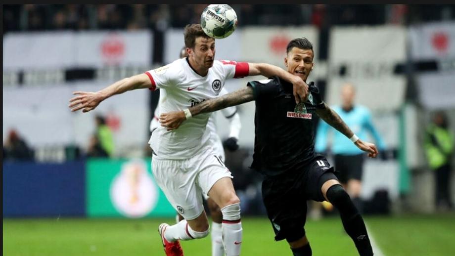 Live Blog Bundesliga etapa a 29-a. S-a terminat restanța Bremen - Frankfurt. Oaspeții s-au impus la scor de forfait. Vezi toate golurile si clasamentul actualizat. Video