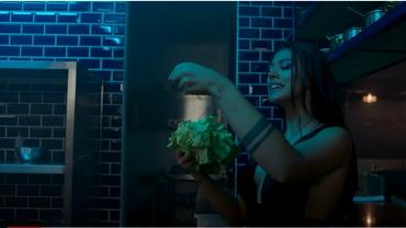 Antonia, scene fierbinţi cu o concurentă Asia Express. Cel mai nou videoclip, surpriză uriaşă pentru fani