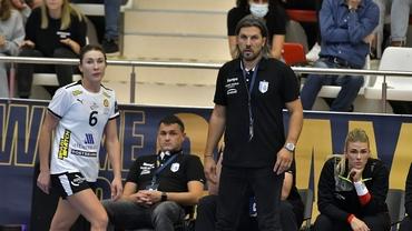 Ce variante are CSM București pentru a-l înlocui pe Adi Vasile! Antrenorul a vorbit despre demitere. Exclusiv